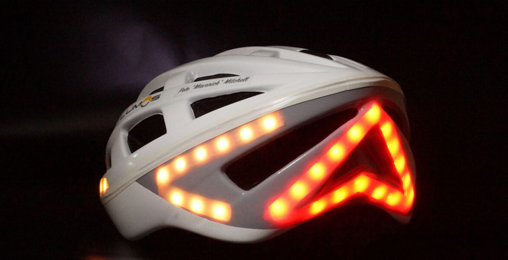 https://fiets-gadgets.nl/wp-content/uploads/2017/01/Lumos-LED-Smart-Bicycle-Helmet-1-1024x525.jpeg